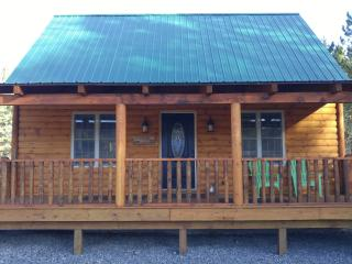 "Cole's Cabins ""The Yogi"" Brand New Lakefront Cabin, Wells"