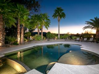 Luxury Estate on Golf Course, Pool, Hot Tub, Views, Lake Havasu City