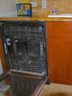 New stainless interior steam clean dishwasher