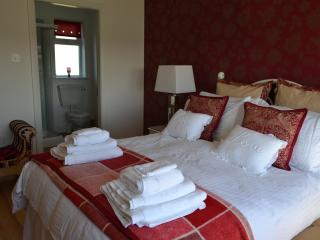 Ballybunion Luxury Holiday Home.Free Wi-Fi&Hot-Tub