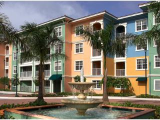 Mizner Place: 2-BR Lockoff, Sleeps 8, Full Kitchen, Weston