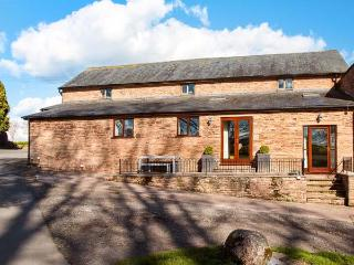 TEAL BARN, single-storey pet friendly barn conversion by lake, St Weonards Ref