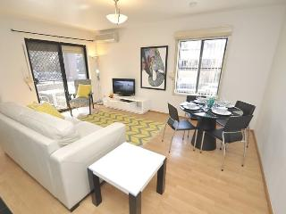 WOOLLOOMOOLOO FULLY SELF CONTAINED MODERN 1 BED APARTMENT (8CAT), Sídney