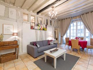Bourg Vacation Rental in the Marais District