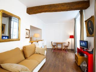 St. Germain Vacation Rental in Seine, Parigi
