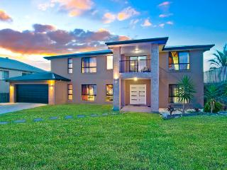 VUE360 - Luxury 7BR Family Mansion -Gold Coast