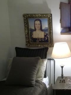 DUKE GUIDOBALDO ROOM  displays portraits of the Duke & Duchess Elisabetta Gonzaga painted by Raphael