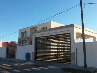Rento casa contemporanea en Miramar, Guaymas