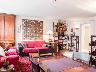 Very central, large 1BR flat for 4 - P2, Paris