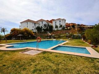 Casa semi Adosada (tres niveles) Estepona Malaga