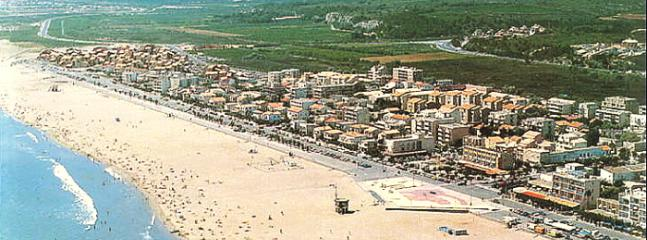 Touristy shot of Narbonne Plage which with the other beaches are only 40 mins away by car.