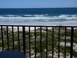 OCEANFRONT-Relaxing,Book now for June and Summer