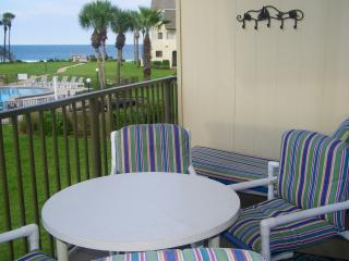 SUMMERHOUSE-Ocean Townhouse-Steps to Beach,Spacious, Relaxing, Great Beach Views