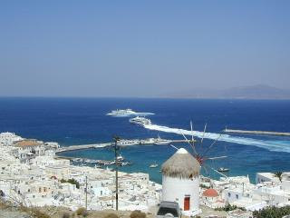 Mykonos Kalafatis Beachfront VILLA & Pool Sleeps 4