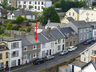 21 North Street, Ballycastle - charming, cosy, period cottage close to beach.
