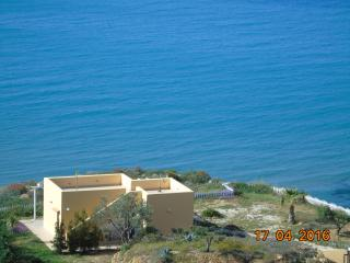 VILLA Sonia on the beach., Realmonte