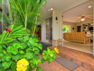 Kipuka Hale 2 Bedroom/2 Bath Vacation Home Steps from Poipu Beach