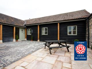 Cow Byre Cottage: Sleeps 4