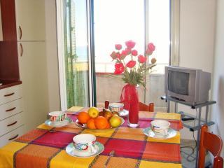 ICLA1905 House Girasole - Guardavalle Marina - Calabria
