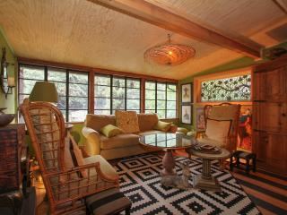 Beautiful Bohemian retreat nestled right in the Redwoods, Guerneville