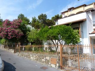 ILA1254 Casa Rosella, Andora