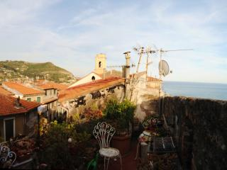 Seaview Loft in the Medieval Ventimiglia, Vintimille