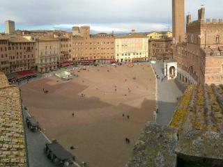 Appartamento su Piazza del Campo Siena