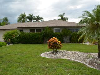 Pool Home with Gulf Access, Cape Coral