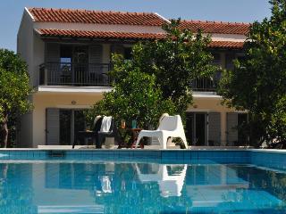 Orange Grove Villas & Suites, Less Mobile Studio, Benitses