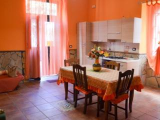 Casa Franco - seaside apartment, Giardini-Naxos