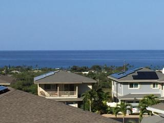 3 Bedroom - Panoramic Ocean view - Family Friendly, Makaha