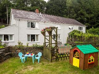 No 2 Tan Yr Eglwys, a holiday cottage, easy access to all S Wales, from M4 & M50