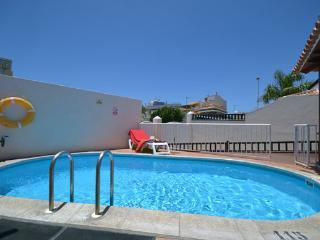 CAL 7172438|Beautiful 3 Bedroom Villa. La Caleta.