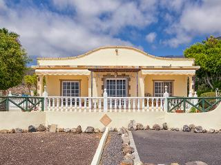 Rural Villa with Fabulous Ocean View, Playa San Juan