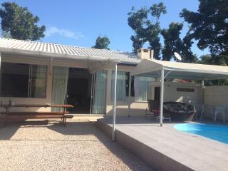 Casa com piscina em Canto Grande, Bombinhas, SC