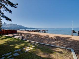 Luxury Lake Front Home with Private Beach (JB03)