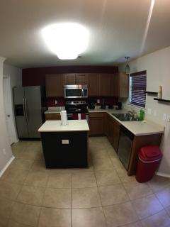 3 Bedrooms 2.5 Baths Sleeps 10, San Antonio