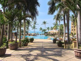 Villa La Estancia - TROPICAL BEACH LUXURY 1 bdrm