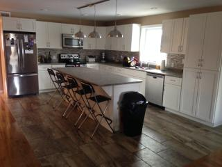 Spacious 3 Bedroom Luxury Townhouse, Thunder Bay