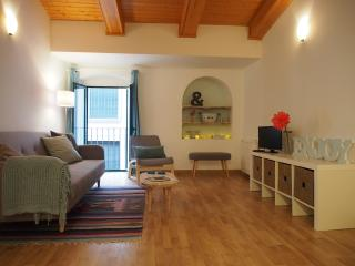 Sleep & Stay Cort Reial 3 bedroom apartment for 6, Girona
