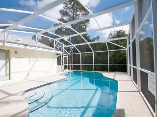 Kissimmee 4 Bed 2 Bath Pool Home
