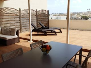 Duplex Roof Terrace Apartment, Birzebbuga