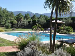 By Argeles Luxury Villa, Pool, 7000m2 Big Garden
