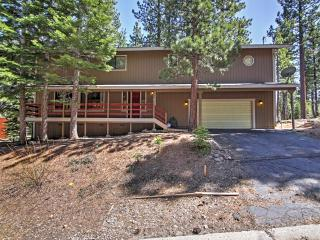 New Listing! Inviting 4BR South Lake Tahoe House w/Wifi & Spacious Deck - Serene Location, Only 5-10 Minutes from the Lake, Heavenly Resort & Downtown Attractions!