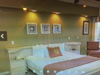2 bedroom / 2 bathroom Vacation Villa