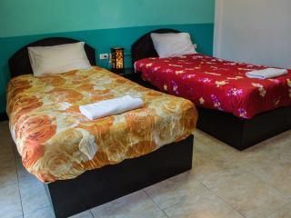 patong bay guesthouse twin superior room with private balcony