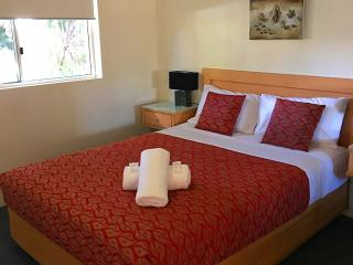 Montego Sands Resort 1 BEDROOM STANDARD