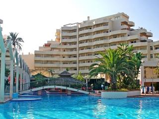 BENALBEACH STUDIO WITH SEA VIEWS., Benalmadena