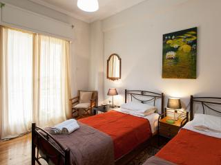 Cozy flat in Athens near Metro, Atenas