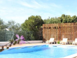 The Palm Villa / NEW Architect house / Close Beach